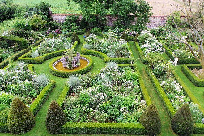 Jardins d'Angelique, Montmain, France