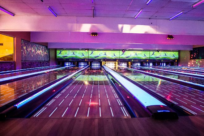 Le Bowling Mouffetard, Paris, France