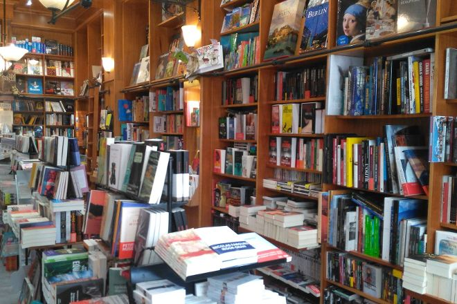 Librairie Imaginaire, Annecy, France