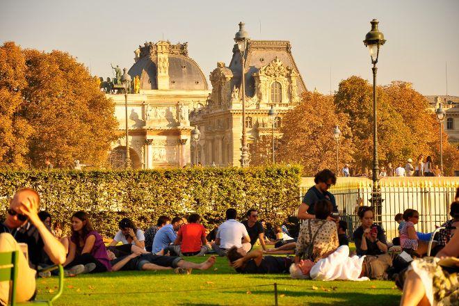 Localers, Paris, France