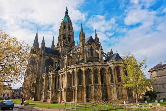 Normandy History Tours, Bayeux, France
