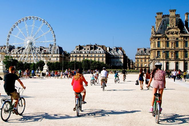 Paris Small Bike Tours, Paris, France