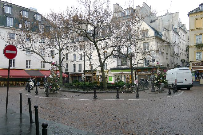 Place de la Contrescarpe, Paris, France