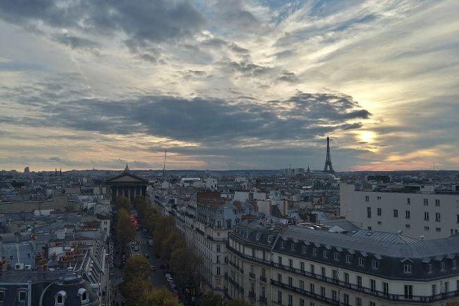 Printemps, Paris, France