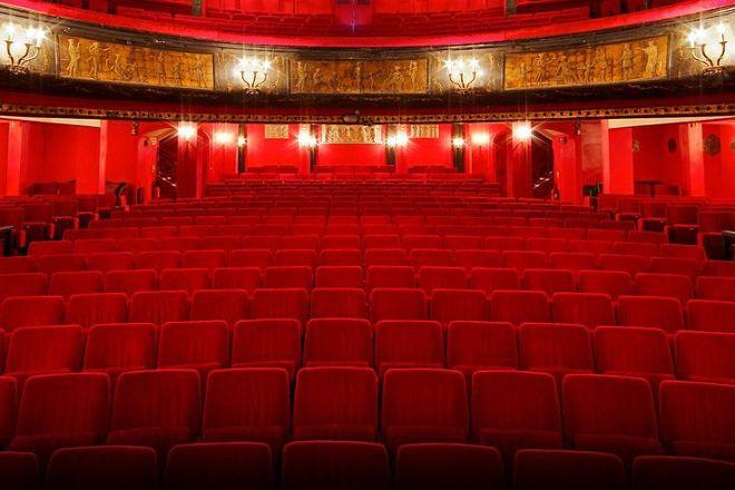 Theatre des Nouveautes, Paris, France