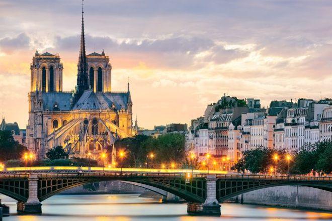 Visites-Spectacles, Paris, France