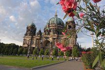 Berlin 2 Europe Tours