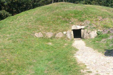 Denghoog Steinzeitgrab, Wenningstedt, Germany