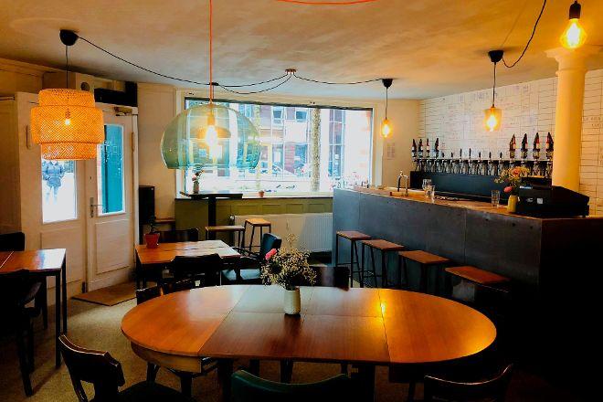 Bar Oorlam, Hamburg, Germany