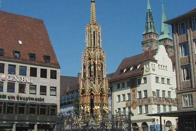 Der Schoene Brunnen, Nuremberg, Germany