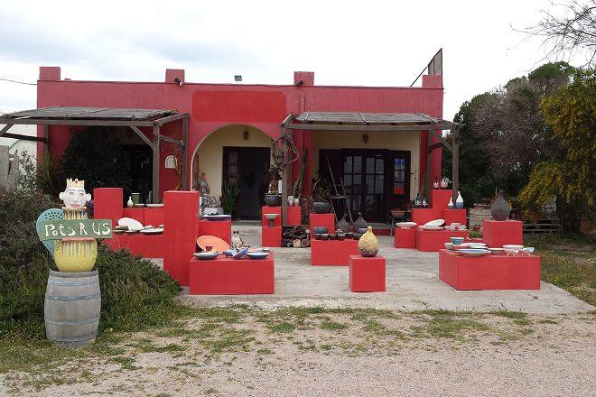 Galatea Pottery, Akrotiri, Greece