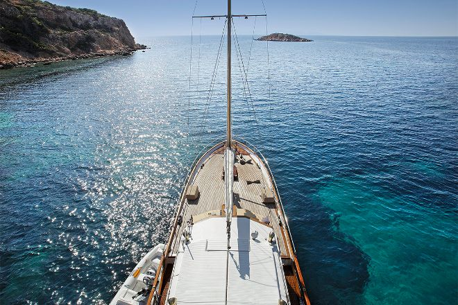 Luxury Sail Excursion, Mykonos Town, Greece