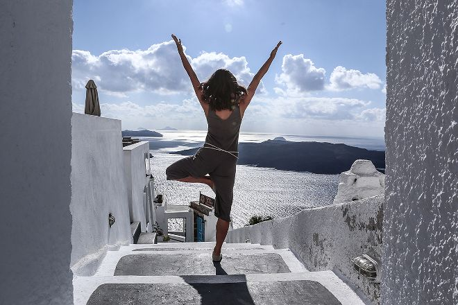 Santorini Yoga With Veronika, Karteradhos, Greece