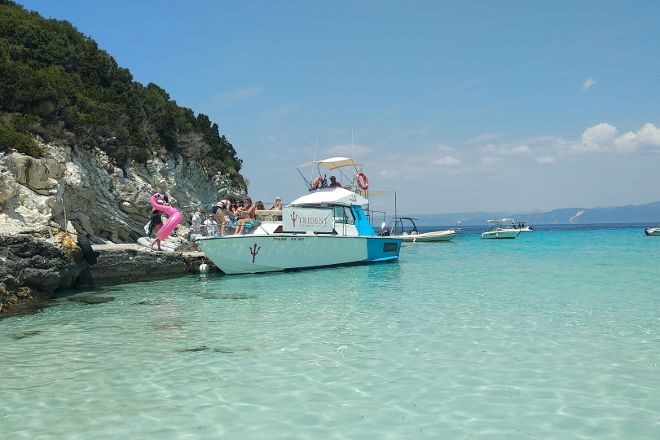 Trident SpeedBoat Cruises, Kavos, Greece