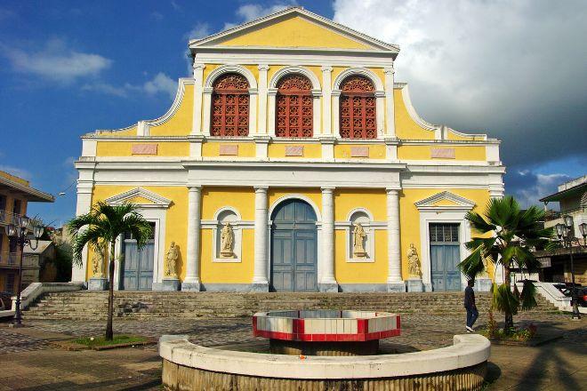 Eglise Saint Pierre et saint Paul, Deshaies, Guadeloupe