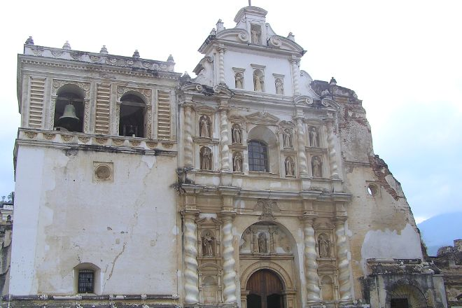 Iglesia de San Francisco El Grande, Antigua, Guatemala