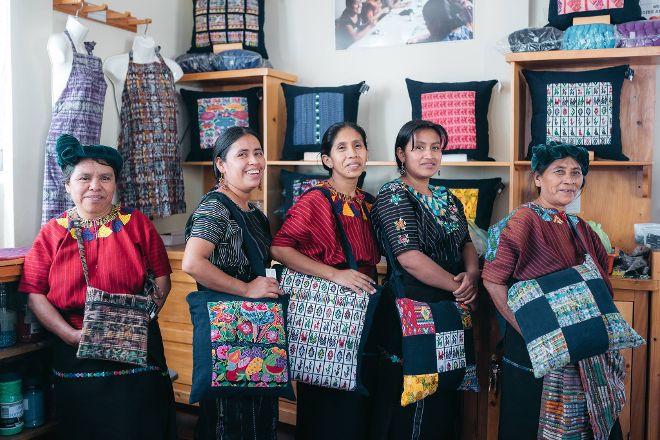 Manos Crucenas Artisan Store, Santa Cruz La Laguna, Guatemala