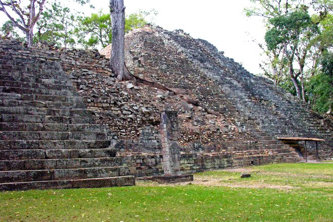 Pyramid over Rosalila Temple, Copan Ruinas, Honduras