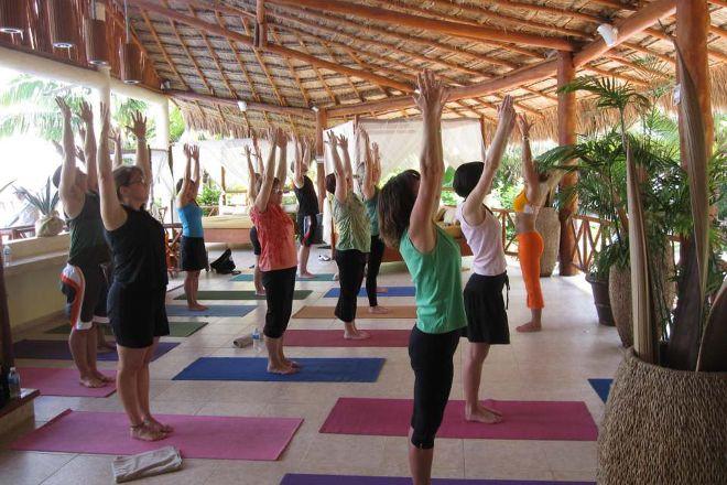 Roatan Yoga, Sandy Bay, Honduras