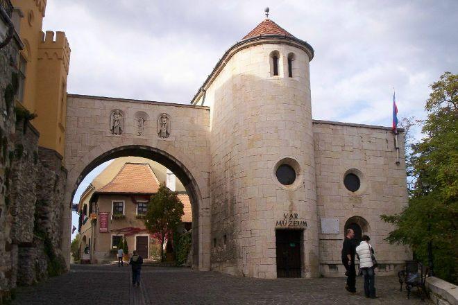 Heroes' Gate, Veszprem, Hungary