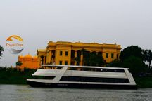 Abhay Varanasi Cruise