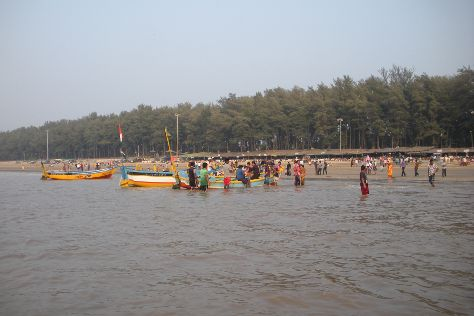 Jampore Beach, Daman, India