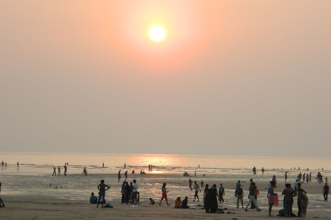 Aksa Beach, Mumbai, India