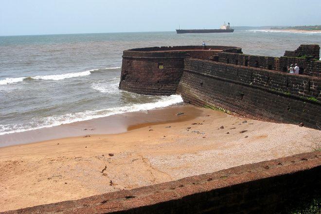 Fort Aguada Beach, Goa, India