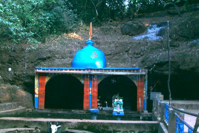 Hiranyakeshi Temple, Ambavli, India
