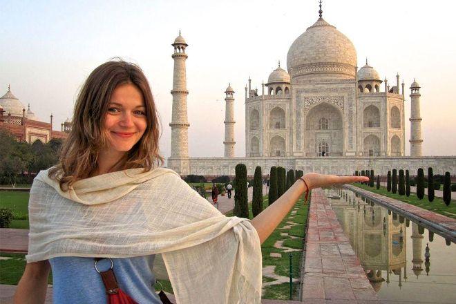 Leisure India Holidays – Same Day Taj Mahal Tour, New Delhi, India
