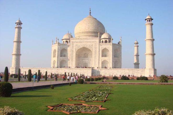Raj Tours & Travels, Agra, India