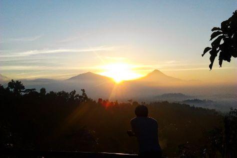 Punthuk Setumbu, Magelang, Indonesia