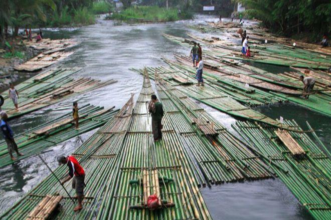 Loksado Bamboo Rafting, Hulu Sungai Selatan, Indonesia