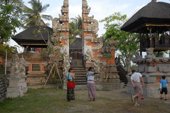 Putu Bali Tour Guide, Denpasar, Indonesia