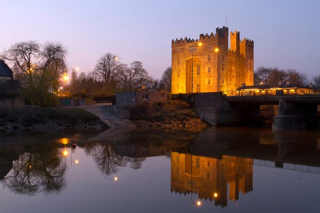 Bunratty Castle Medieval Banquet, Bunratty, Ireland