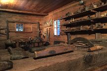 Museo Antica Casa Walser di Borca/Museo Alts Walserhüüs Van Zer Burfuggu, Macugnaga, Italy