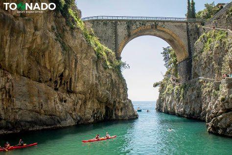 Toonado, Sorrento, Italy