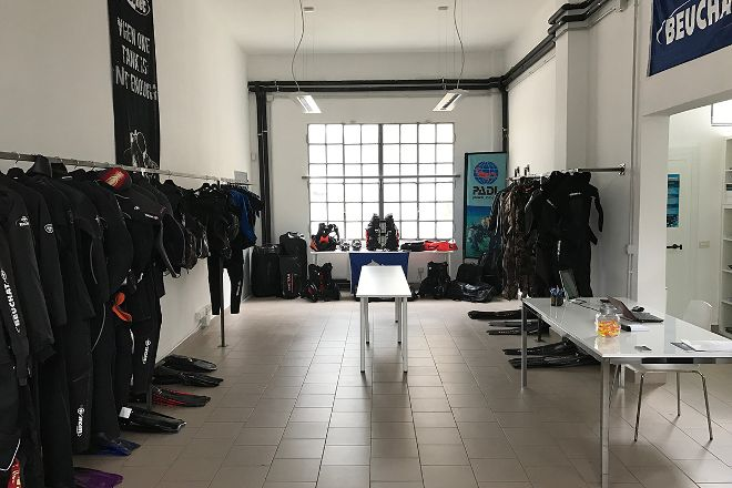4Sub Scuola Sub PADI Milano, Milan, Italy