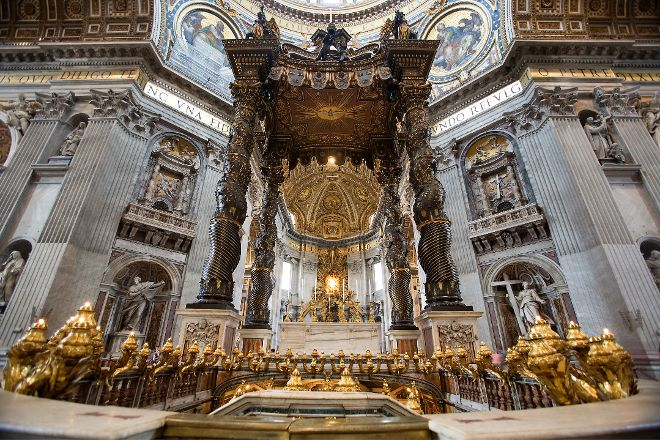 Baldacchino di San Pietro, di Bernini, Vatican City, Italy