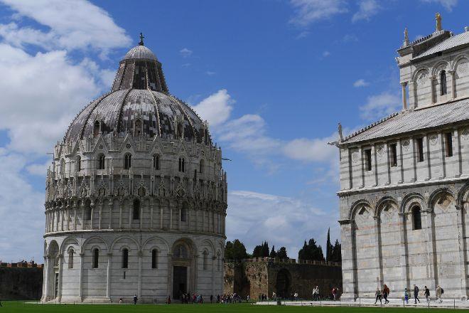 Battistero di San Giovanni, Pisa, Italy