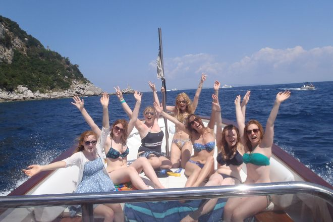 Capri Whales di Wendy, Capri, Italy