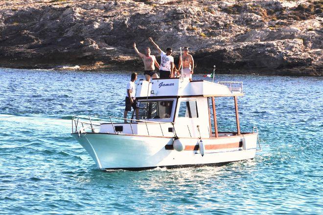 Casa del Pescatore -  Gita in Barca con Gamar, Lampedusa, Italy