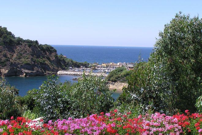 Chiaiolella, Procida, Italy