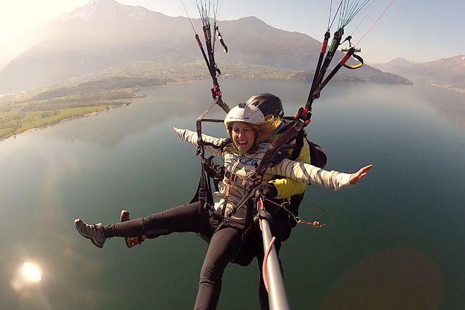 Como Lake Paragliding, Gera Lario, Italy