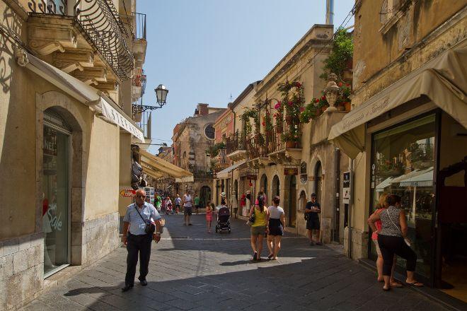 Corso Umberto, Taormina, Italy