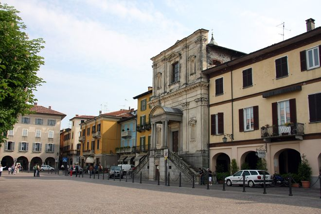 Il Centro Storico di Arona, Arona, Italy