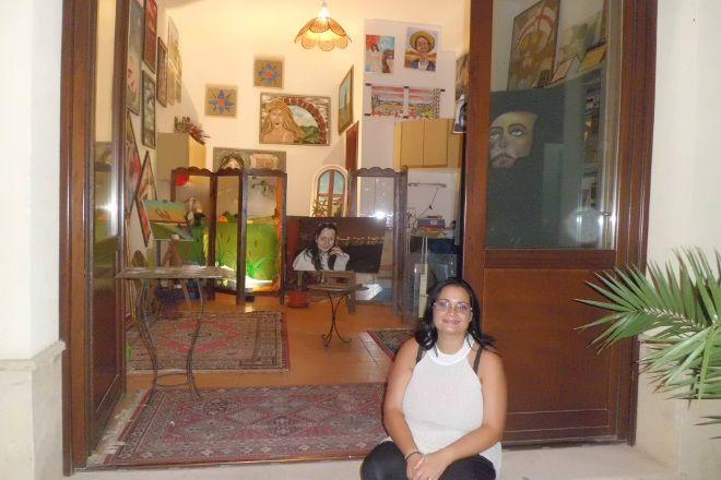 Il piccolo laboratorio artistico di Lidia Angelo, Salemi, Italy