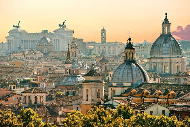 Luciano Roma Tour, Rome, Italy