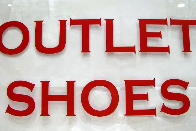 Outlet Shoes Famous Brands, Rome, Italy