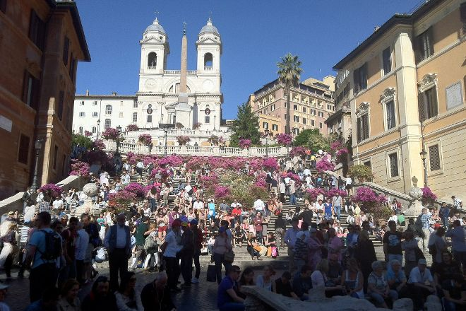 Paola your Personal Guide of Rome- Private day tours, Rome, Italy